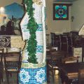 Гипсовая колонна-фонтан с мозаикой